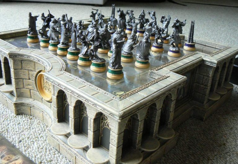 best Lord of the Rings chess sets