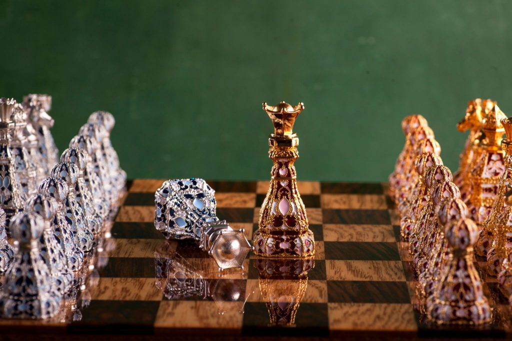 Top 8 Best Luxury Chess Sets For Every Enthusiast!